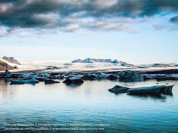 Icebergs Jokulsarlon, Iceland