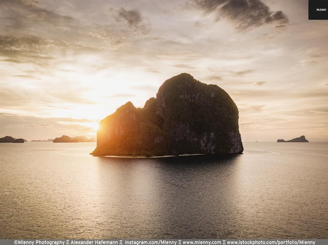 Beautiful Sunset Pinagbuyutan Island, El Nido, Palawan